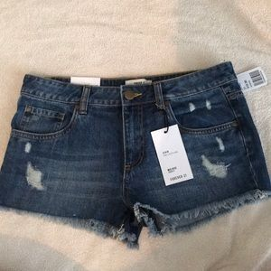 Forever 21 mid rise jean shorts size 27 NWT